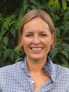 Nina Schefold SKOM